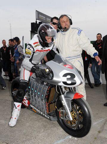 File:2010 TTZero MotoCzysz.jpeg