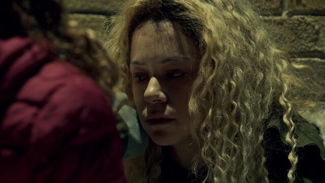 File:OrphanBlackS01E08-2468.jpg