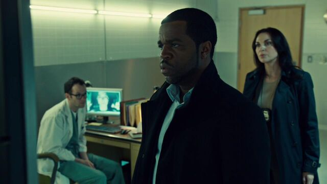 File:OrphanBlackS01E08-1501.jpg