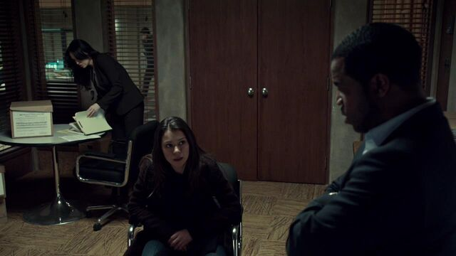 File:OrphanBlackS01E08-0855.jpg