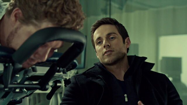 File:OrphanBlackS01E08-1111.jpg