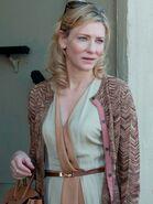 BlanchettBlueJasmine2