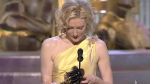 """Cate Blanchett winning an Oscar® for """"The Aviator"""""""