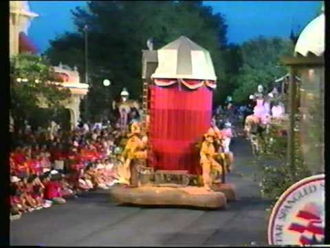 File:WDW All American Parade.jpg