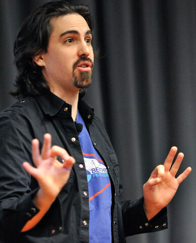 File:Bear mccreary.jpg