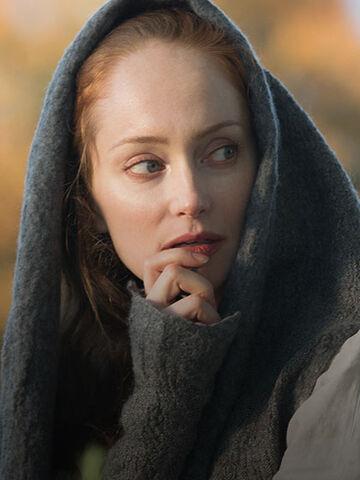 File:Outlander Cast Geillis 420x560.jpg