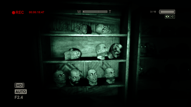 Файл:Heads Lined Up.png