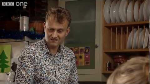 Outnumbered Christmas Special 2009 - BBC One