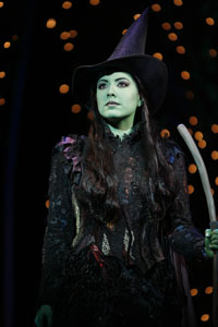 File:VickiNoonELPHABA.jpg