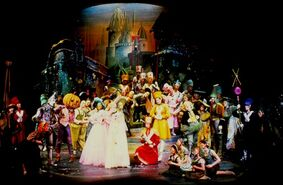 Marvelous Land of OZ end crop