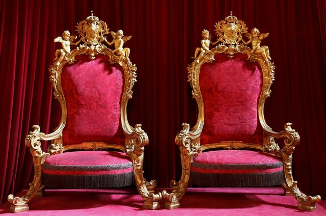 File:Royal Thrones Ajuda Palace Lisbon.jpg