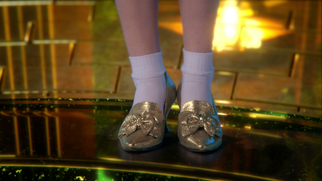 File:Silver Slippers.png