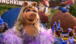 File:Miss-Piggy-Glinda.jpg
