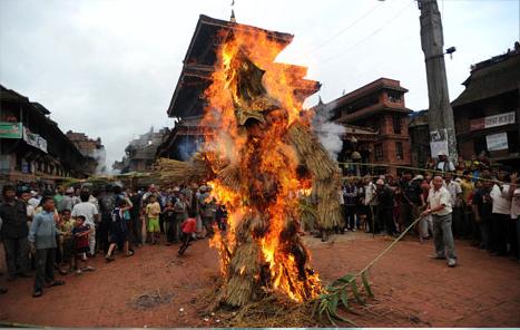 File:Kaiju Burning 01.jpg