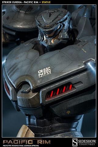 File:Striker Eureka (Sideshow Collectibles) 02.jpg