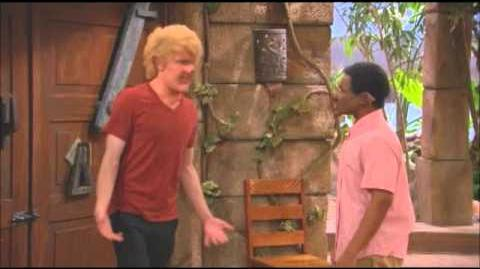 """Pair of Kings"" episode ""The Oogli Stick"""