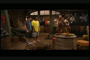 Pair Of Kings S01E09 Oh Brother Where Arr Thou Part 1 112