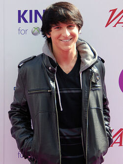 450px-Mitchel Musso 2010 cropped