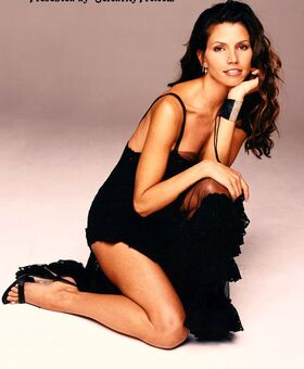 Charisma Carpenter 1-1024.
