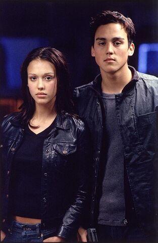 File:Ella and Blake.jpg