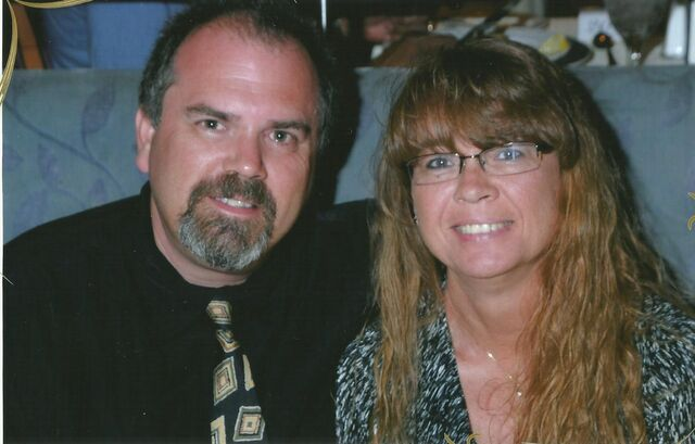 File:Chris and Vonda 1.jpg