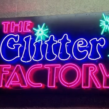 File:Glitterfactory Cropped.jpg