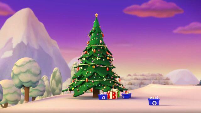 File:PAW.Patrol.S01E16.Pups.Save.Christmas.720p.WEBRip.x264.AAC 205839.jpg