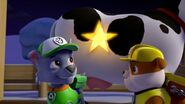 PAW.Patrol.S01E16.Pups.Save.Christmas.720p.WEBRip.x264.AAC 1100366