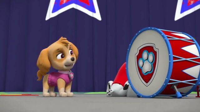 File:PAW Patrol Season 2 Episode 10 Pups Save a Talent Show - Pups Save the Corn Roast 649582.jpg