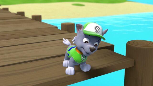 File:PAW.Patrol.S01E15.Pups.Make.a.Splash.-.Pups.Fall.Festival.720p.WEBRip.x264.AAC 571638.jpg