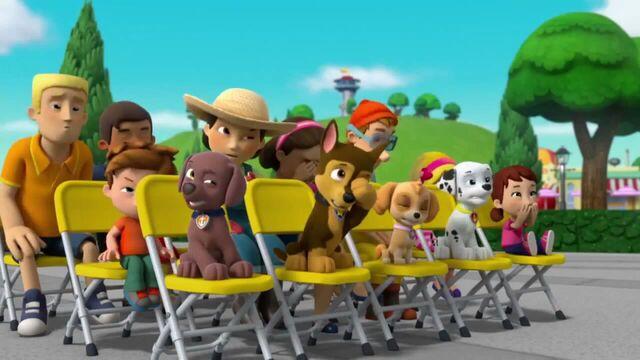 File:PAW Patrol Season 2 Episode 10 Pups Save a Talent Show - Pups Save the Corn Roast 588988.jpg