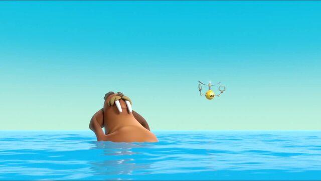 File:Flying Food 40.jpg