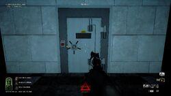 DiamondHeist red button door