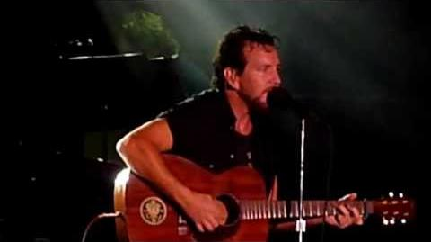 PEARL JAM new song *FUTURE DAYS* live in Chicago @ Wrigley Field 7 19 2013 HD