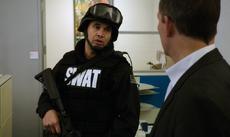4x10 - SWAT Team Officer