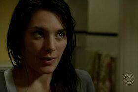1x11 - Lily Thornton.jpg