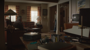 3x12 - Lassiter Inside Finch's home (1)