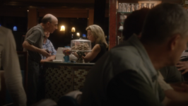 2x01 - Wilmington Diner 03