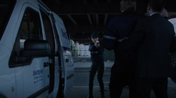 3x05 - Shaw saves the day