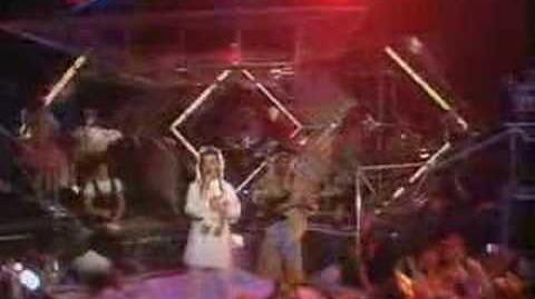 Culture club - do you really want to hurt me (TOTP 1982)