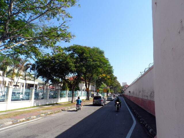File:Gaol Road, George Town, Penang.JPG