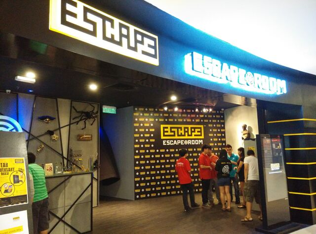 File:Escape Room, 1st. Avenue Mall, George Town, Penang.jpg