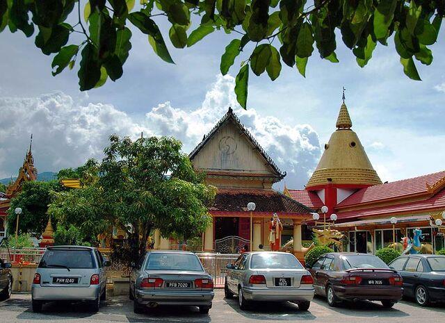 File:Wat Buppharam, Pulau Tikus, George Town, Penang.jpg