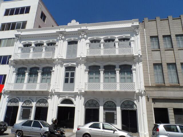 File:1886 Building (OCBC), George Town, Penang.JPG