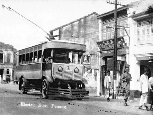 File:Trolleybus, George Town, Penang.jpg