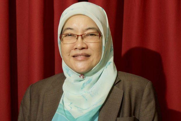 File:Penang mayor Patahiyah Ismail.jpg