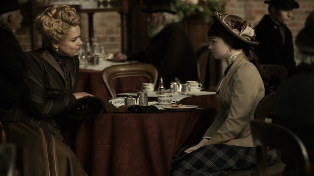 File:PD3x04-Lily-and-Justine-havin-afternoon-tea.png