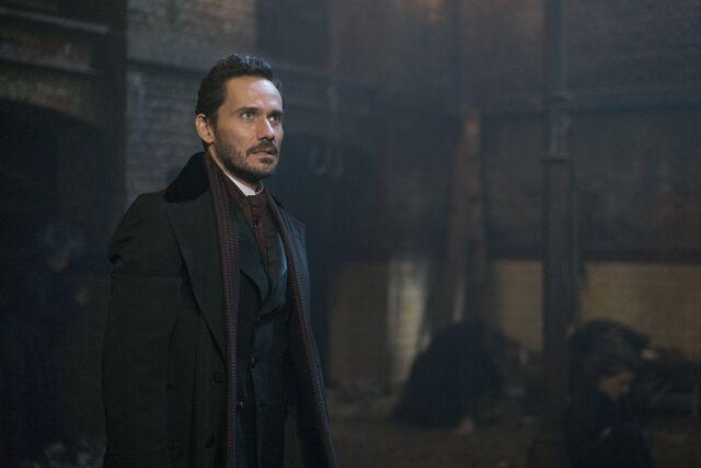 File:Dracula stills episode303.jpg