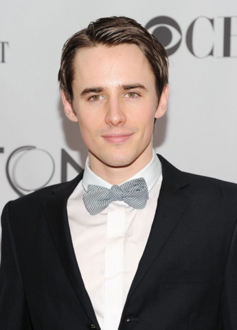 File:ReeveCarney.PNG