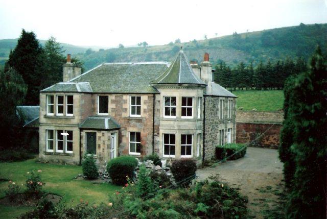 File:Pitversie House.jpg